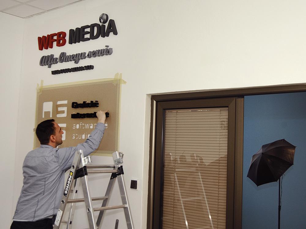3d loga firem - výroba a instalace v Plzni