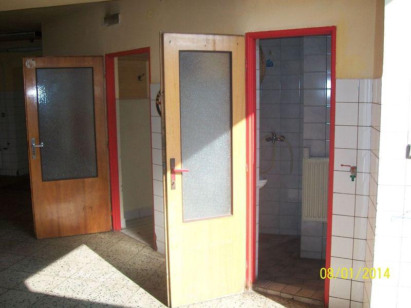 Výrobní prostory k Pronájmu - Plzeň Jih