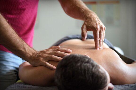 Fína - institut alternativních směrů - masáž